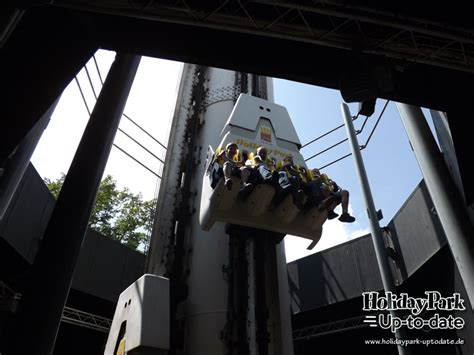 Free Fall Tower | Holiday Park Up-to-date