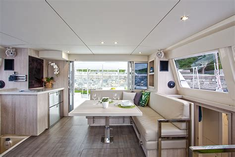 Sunsail 404   Luxury 40ft charter catamaran for up to 10
