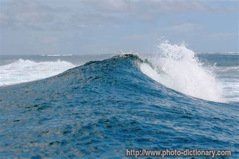 rough ocean - photo/picture definition at Photo Dictionary