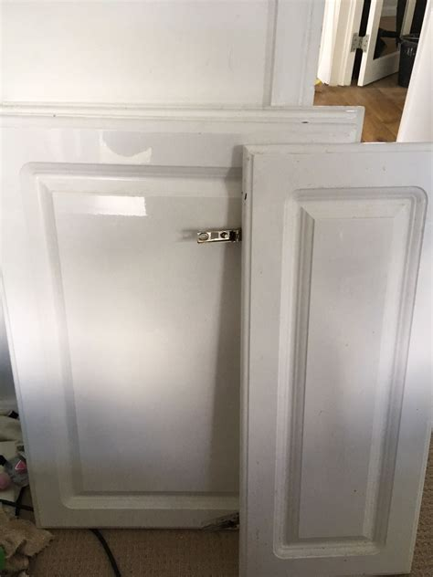 B &Q CHILTON WHITE GLOSS KITCHEN DOORS in Epping Forest