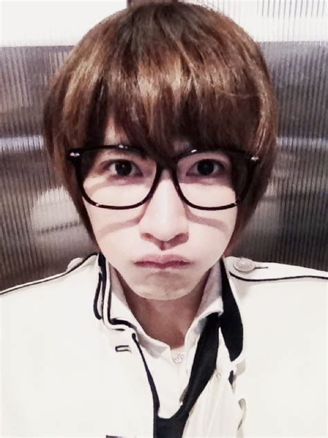 [Photo] Kiseop looks adorable in his new selca! | Daily K