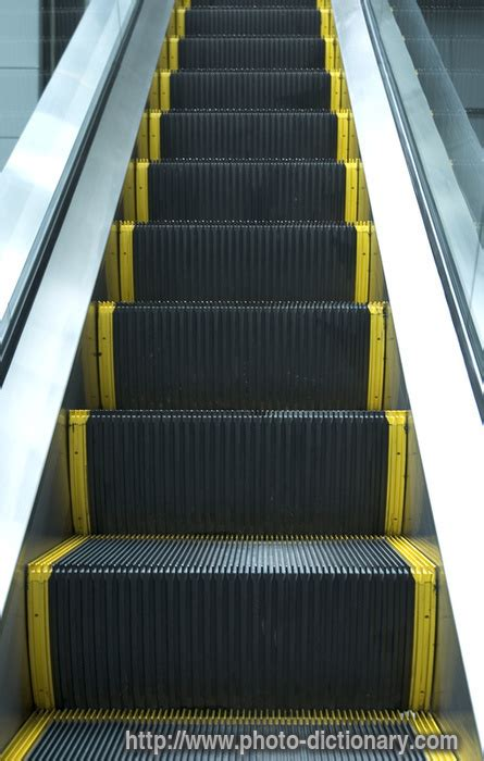 escalator - photo/picture definition at Photo Dictionary
