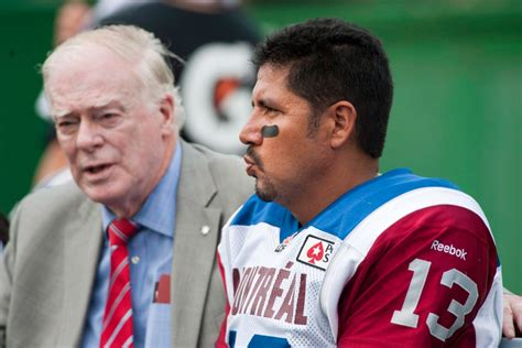 Montreal Alouettes quarterback Anthony Calvillo to miss at
